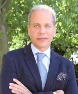 Dr. Benarroch